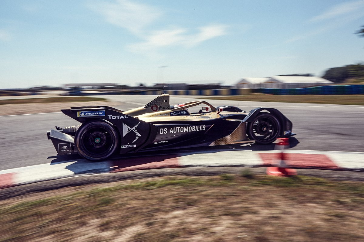 Electric racing is the road to innovation.  @DS_Performance is working to develop the mobility of tomorrow by accelerating the R&D of the #ETENSE technology used in the @DS_Official road cars. Stay tuned to know more #ESDW  #DSETENSEFE20 #electricracing #electriccar https://t.co/8Wra4KthC6