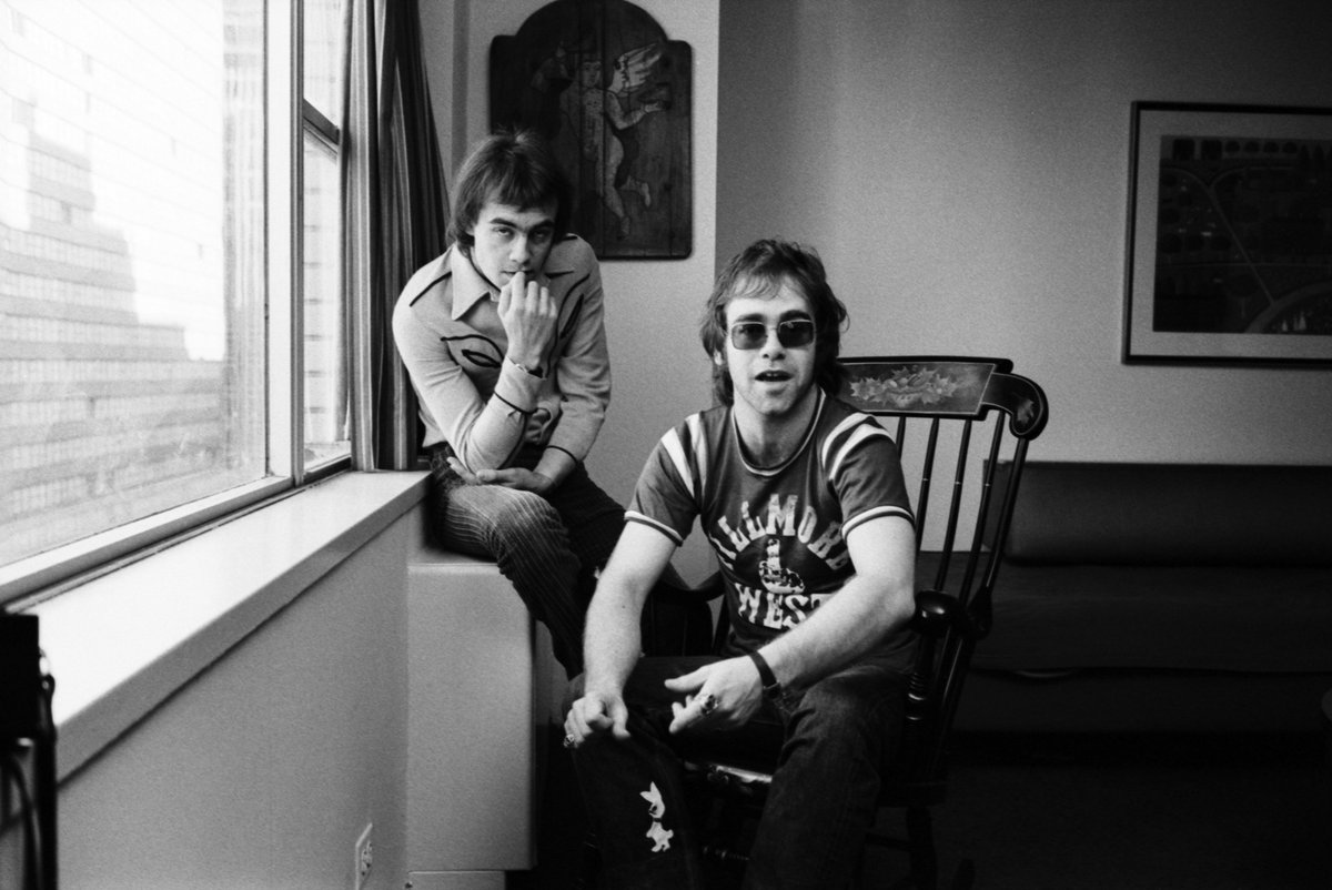 Thank you for the incredible response to my new Jewel Box. When Bernie and I first started writing together at my parent's home at Frome Court in Pinner, I don't think we would ever have imagined where these songs would take us 🚀 https://t.co/87rsrkEJ9S https://t.co/jwHyXosObd