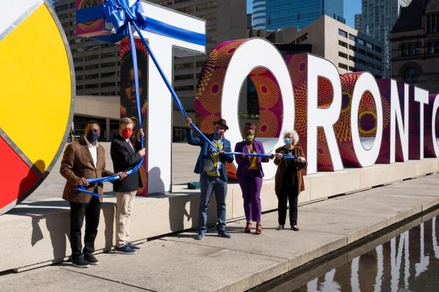 City unveils new, more durable Toronto sign https://t.co/1ofdXBqJks https://t.co/au206ZITVY