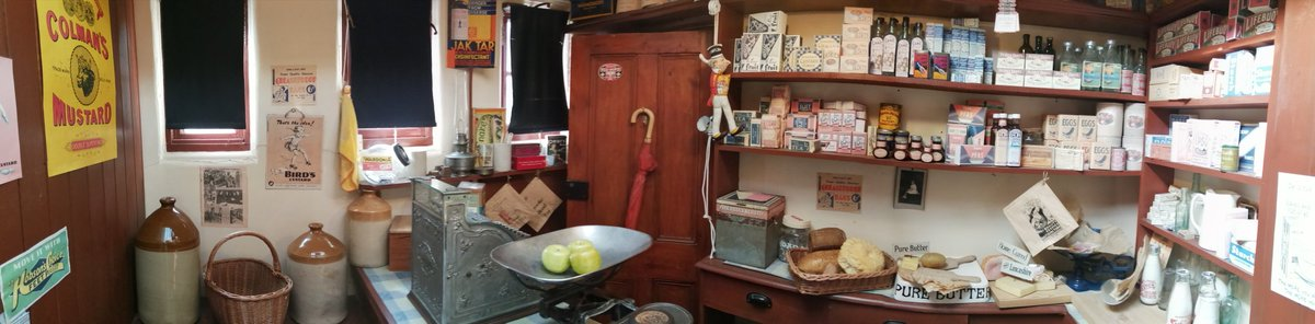 Discover what life would have been like in 1950s #Leicester at #NewarkeHouses! Visit our replica pub to hear about the formation of the NHS or listen to real accounts of the end of rationing in our green grocer's shop! #MuseumsUnlocked #History #weekend   https://t.co/rlQ0rp8nkU https://t.co/wJvNGmeY9H