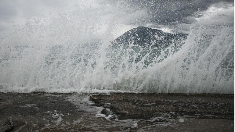 Ανυπολόγιστες είναι οι ζημιές που προκάλεσε ο μεσογειακός κυκλώνας «Ιανός» σε πολλά σημεία της Ελλάδας, με επίκεντρο έως τώρα την Καρδίτσα... κακοκαιρία Ρίο ζημιές Ιανός Φάρσαλα Ιθάκη ΔΙΑΒΑΣΤΕ ΕΔΩ >> https://t.co/O1quBdF1rR https://t.co/2pTtNo6jtV