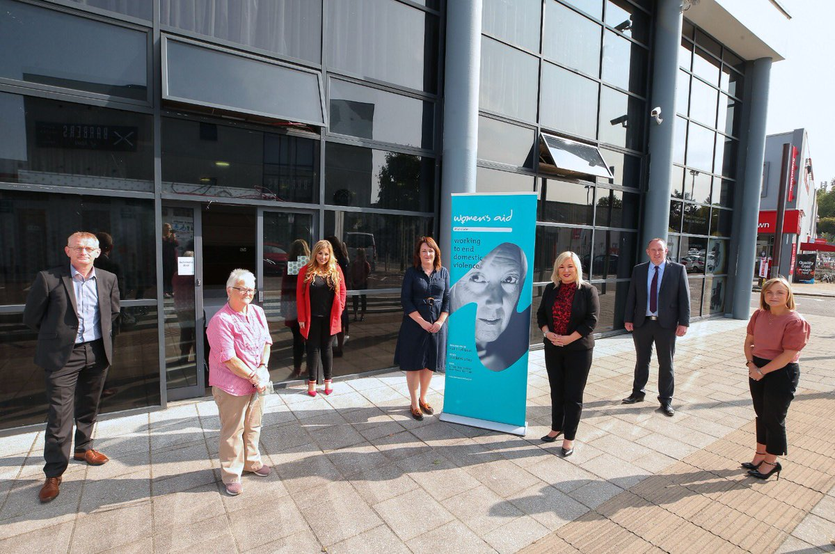 Deputy First Minister @moneillsf met with Causeway & Mid Ulster Women's Aid today to discuss the work they're doing to keep supporting women and children experiencing domestic abuse in the home