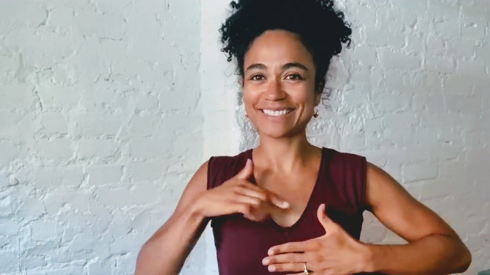 #laurenridloff #livefromthelibrary #DeafAwarenessMonth ❤️❤️ https://t.co/iksOj8G4ph