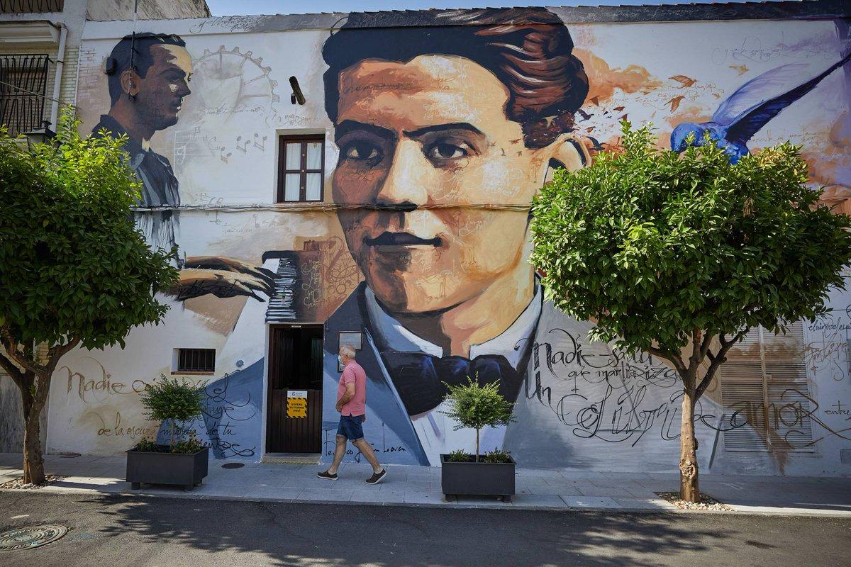 #ViveAndalucia | Granada, territorio Lorca https://t.co/svkeNEtxBr a través de @ElViajero_Pais #Granada https://t.co/ABFPJB5wHY