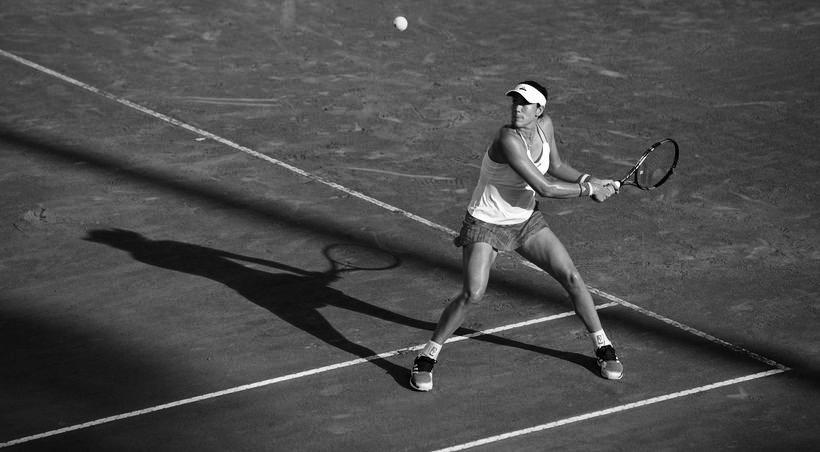 Muguruza avanza a los cuartos del Masters de Roma. Se medirá frente a Victoria Azarenka, reciente finalista del Abierto de los Estados Unidos. https://t.co/NnVmKV21n6  📸 @WTA #tennis #IBI20 #WTA https://t.co/97RqnqT3HM