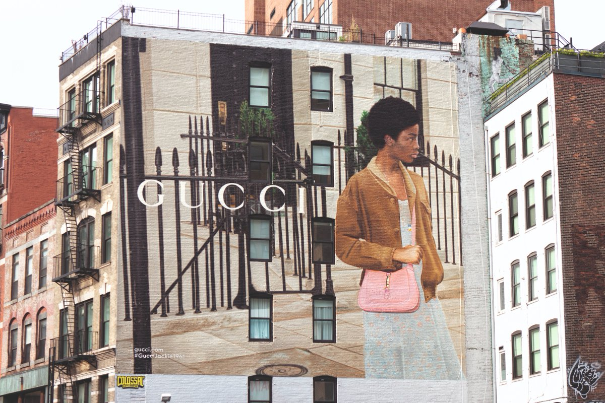 Creative Director #AlessandroMichele redefines the #GucciJackie1961—one of the House's most recognizable bags—now appearing on ArtWalls around the world including New York's #GucciArtWall located in Lafayette Street. Discover more https://t.co/Hq6G7EzoqI. #GucciFW20 https://t.co/LHGYHKkD5q