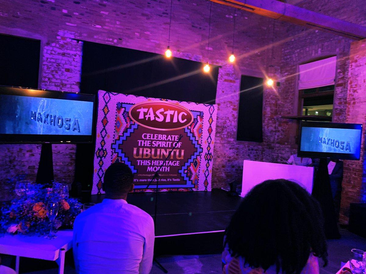 So excited to be Celebrating the spirit of Ubuntu this #Heritagemonth with #Tastic #MyHeritage #TasticXLaduma #Ubuntu https://t.co/4xpIisUV0Z