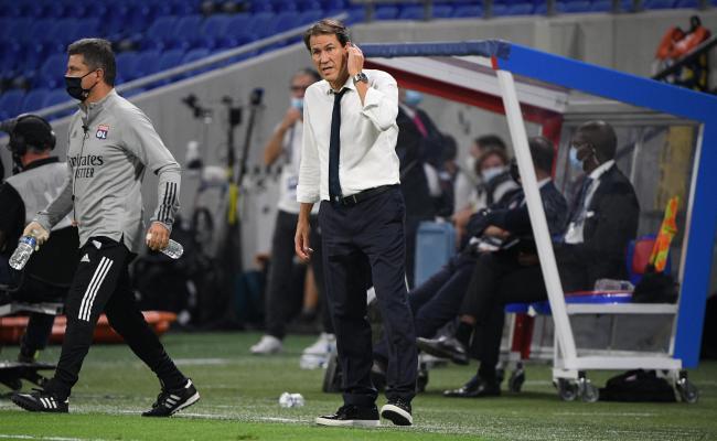 (France Football): L'#OL inquiète toujours autant après son nul à domicile face à #Nîmes : Et de trois. Trois matches de suite sans victoire pour l'OL en Ligue 1. Après le nul à Bordeaux et la défaite à Montpellier, Lyon n'a pas.. https://t.co/uJwfRTicXB https://t.co/i1dYO3VRAV
