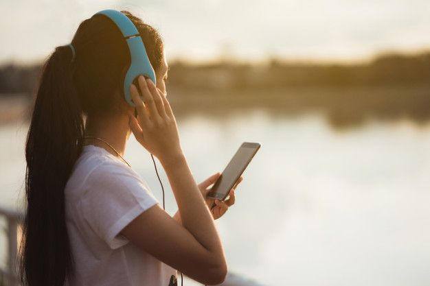 Sound can help you have a happier and healthier life and give you some simple ways you can begin using music or sound to improve your wellness.  https://t.co/N928Yuru3G  #sound #music #stressfree #selfcare  #meditation #mindfullness https://t.co/8L3eRro6g2