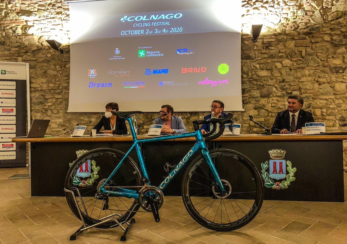 @Colnago_CF press presentation. Top!
