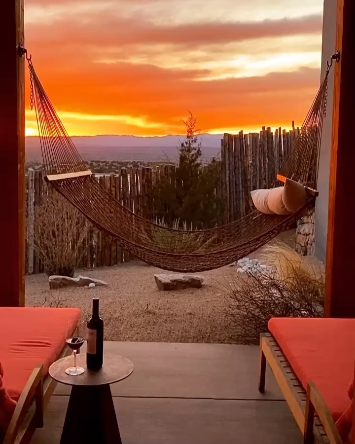 Image for the Tweet beginning: #SantaFe sunsets: best paired with