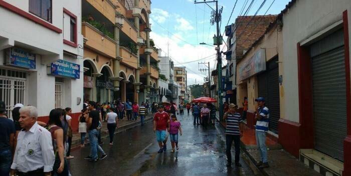 #Internacionales| Tres personas fueron asesinadas al Norte de Santander, Colombia  Lee más #ElCandelazo 🔥  👉https://t.co/HKJNa1xwvR  #19Sep https://t.co/mBspbUwlHt