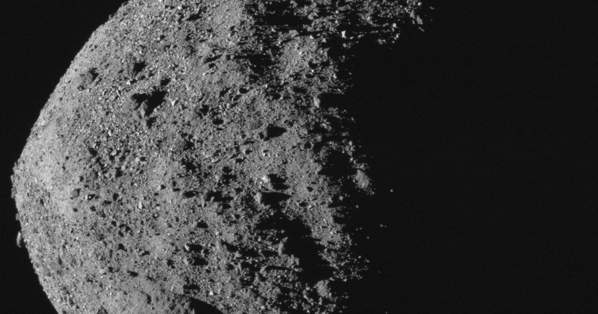 Scientists solve asteroid particle mystery. https://t.co/7NVyrx8DdT https://t.co/lIp1sOzIiW