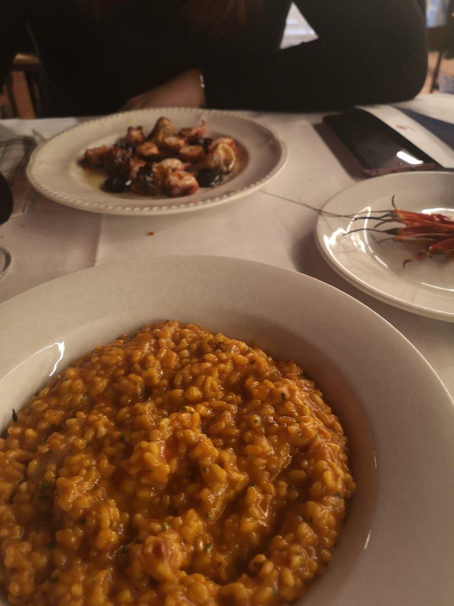 @albertochicote toda la comida espectacular, pero el arroz cremoso de carabineros ha sido lo mejor que he comido en mi vida, no queria que acabase nunca!! Gracias!!!! https://t.co/XhZHKktYhN