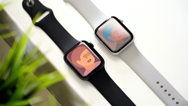 #RT MacRumors: Hands-On With the New Apple Watch Series 6 and Apple Watch SE https://t.co/1yXuPM7LJ9 by @julipuli https://t.co/rkWqY2SnoX