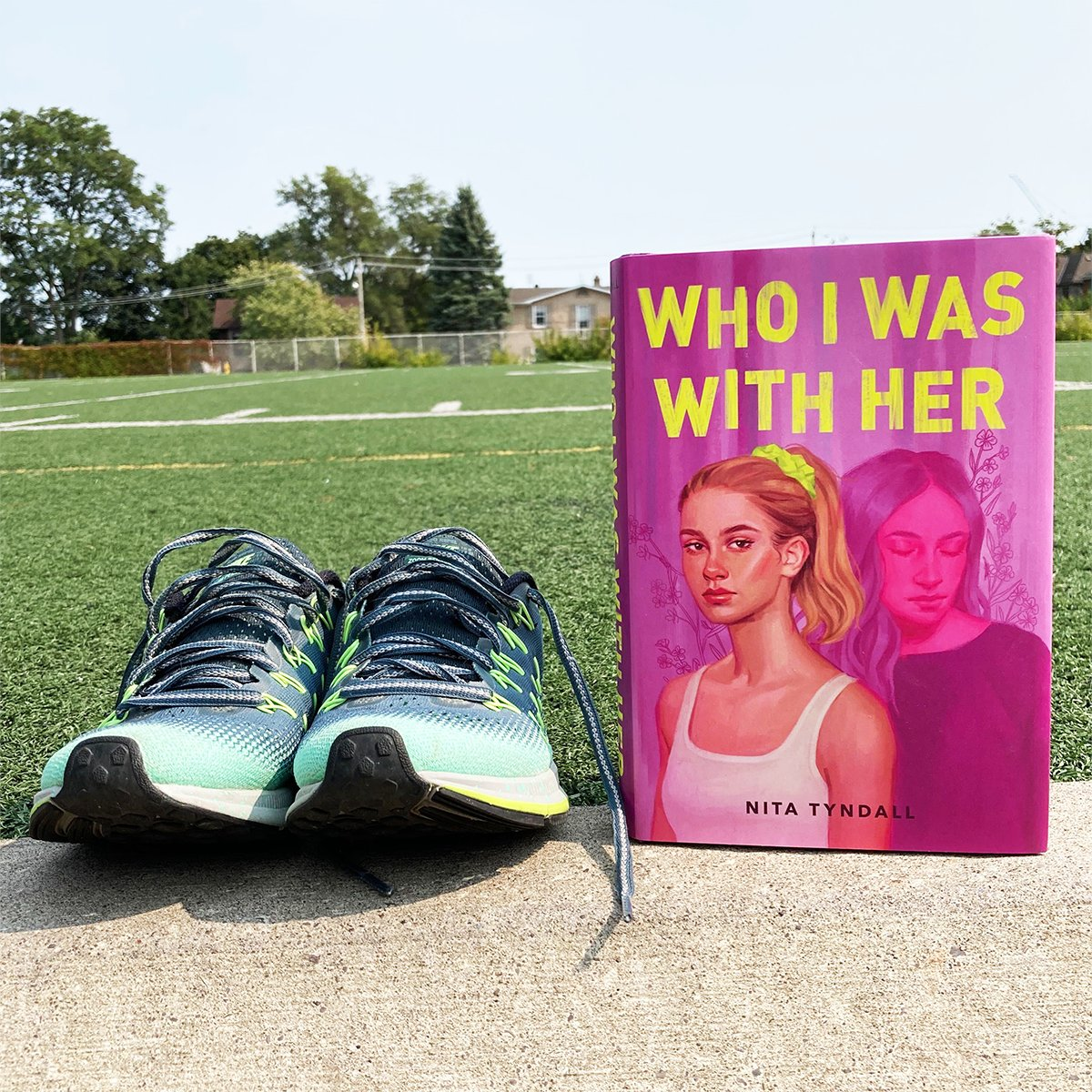There are two things that Corinne knows to be true: that shes is in love with Maggie, and that she isn't ready to come out as bi. But then Maggie dies... #WhoIWasWithHer @NitaTyndall bit.ly/3khIncD