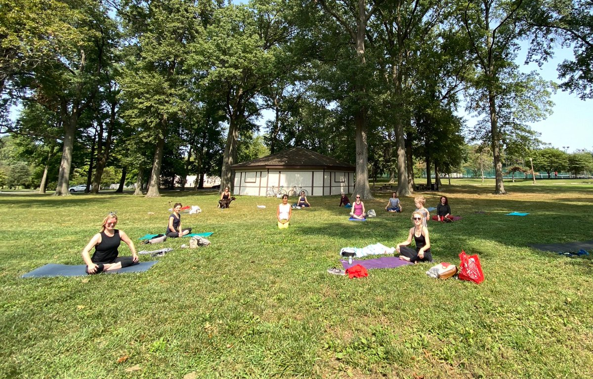 test Twitter Media - It was a gorgeous day for (safely distanced) yoga in the park. Our mighty group of yogis has been practicing together at @WUSTLmed for over four years! https://t.co/mGKpBG6eIT