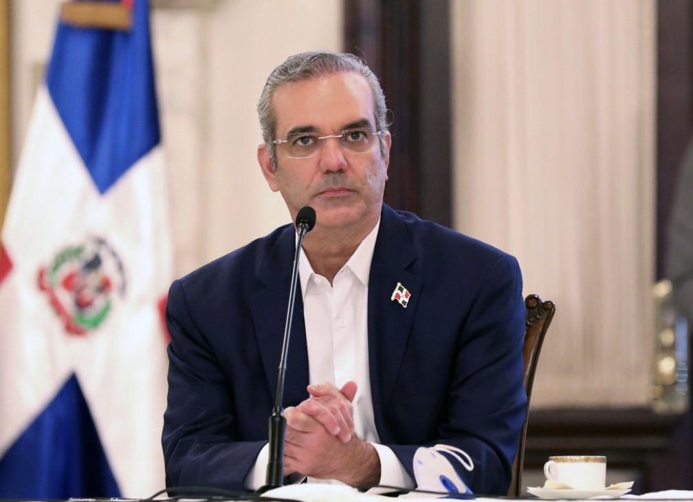 Presidente designa nuevos funcionarios en el CNSS y la DIDA  https://t.co/iKDqHfCqbs  #Noticentro  #DIDA  #CNSS https://t.co/UneuQsC1dG