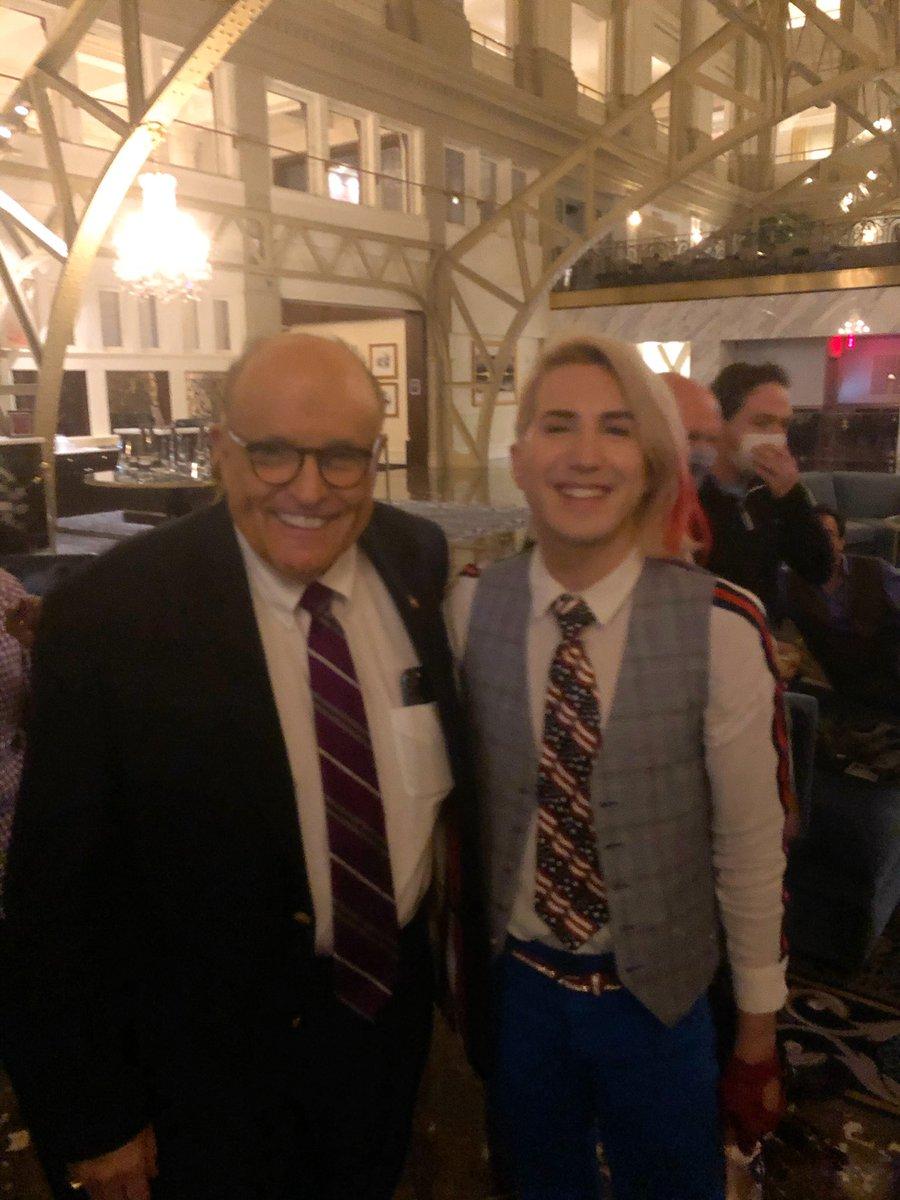 I ran into @RudyGiuliani at the Trump Hotel in DC 🇺🇸 #MAGA https://t.co/oLqoQqFN7R