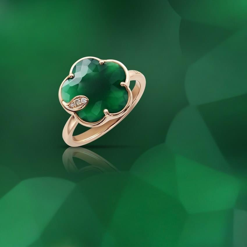 #gift #luxury Green agate embodies the absolute energy of nature, her incredible force, which is a combination of power and protection. #petitjoliPB #bouquetofdreams #pasqualebruni https://t.co/LpRSGHh9CL