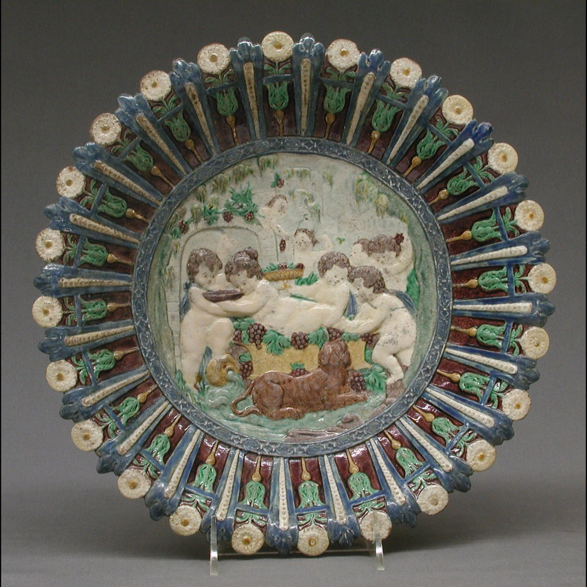 Dish with childhood of Bacchus Dish created by: Bernard Palissy  #art #artwork #artlover #artaccount #arte #アート #艺术 #BernardPalissy https://t.co/EY2kXuBqbU