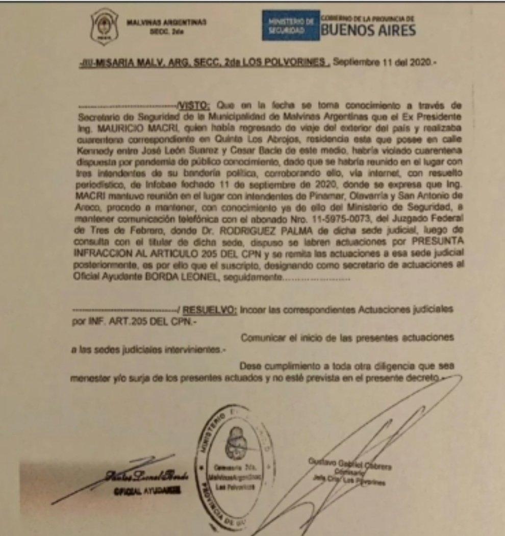"""El PJ bonaerense y Cristina te quieren hacer creer que Mauricio Macri se """"autoallanó"""", pero otra vez el dato les mató el relato. El Secretario de Seguridad de Malvinas Argentinas fue quien hizo la denuncia a la Policía (documento obtenido por @todonoticias) Tienen la gorra puesta https://t.co/EzOw7fg4b2"""