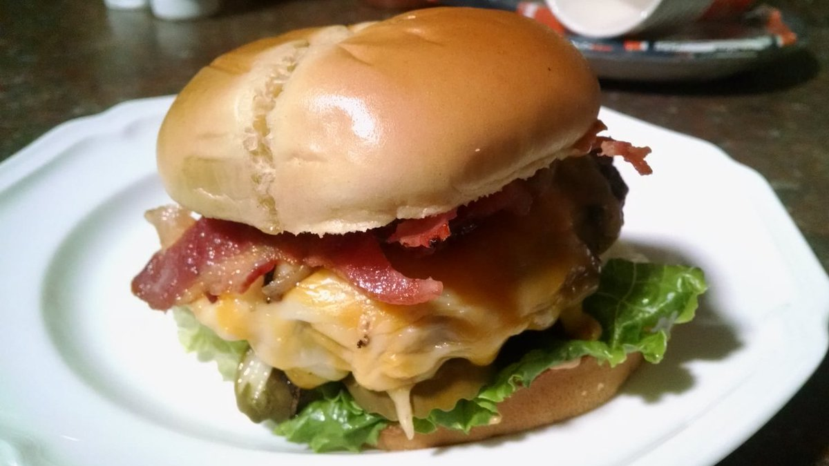 The world's best homemade #cheeseburger cooked on my @WeberGrills. Happy #NationalCheeseburgerDay!!! #foodpics #foodie #GrillMaster #WeberGrills https://t.co/oSEZkGdhwf