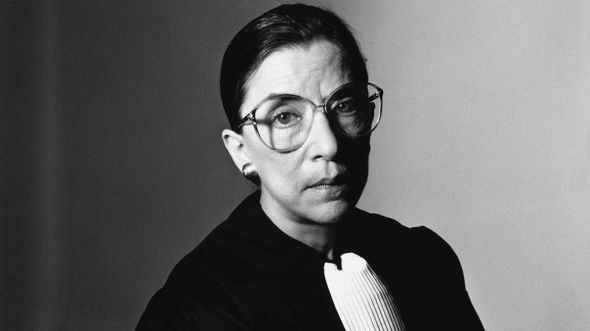 Ruth Bader Ginsburg: Una extraordinaria jueza que abrió rutas nuevas para afirmar los derechos fundamentales y enfrentar el racismo, la discriminación, la intolerancia y, fundamentalmente, los derechos de las mujeres. Descanse en paz.