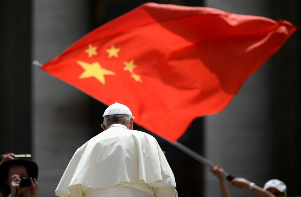 "The Chinese government is already breaking its deal with the Vatican, placing dissenting Catholic priests under house arrest and barring those who refuse to join what Beijing calls a ""patriotic church"" from acting as clergy. https://t.co/W0UJCfAwLs https://t.co/8037RsW3ld"