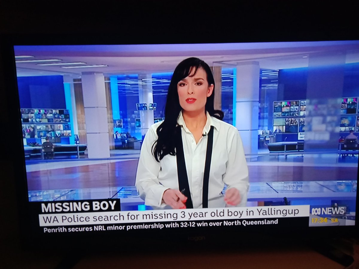 ABC News reporter, Mariam Saab, chooses her wardrobe, and is clearly Australia's best media example of women being who they are, and looking fabulous doing it. Go you, Mariam. https://t.co/S80ovtkaQx