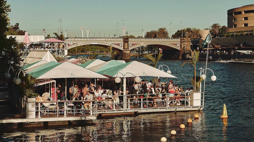 Melbourne's COVID roadmap allows Yarra River bar Arbory Afloat to announce reopening date - https://t.co/v3r7aEITNj https://t.co/bVKU4dMhdL https://t.co/ogxPPn7Gbg