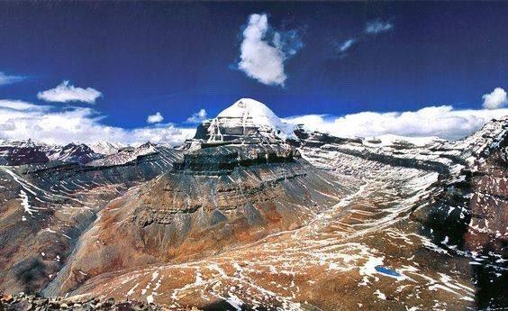 The beauty of Mount #Kailash ... https://t.co/MsFhfRcgpy