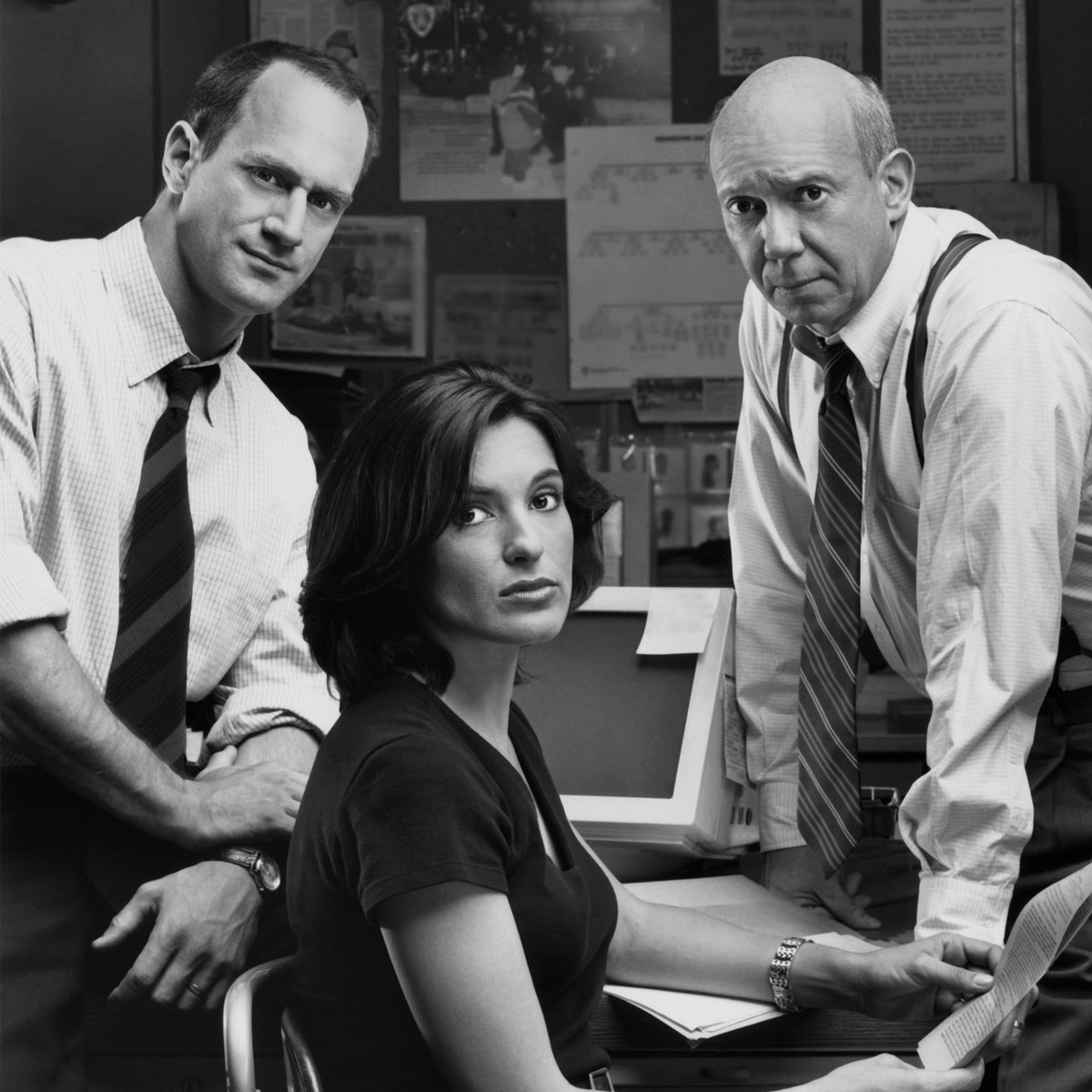 21 years ago, we were introduced to the #SVU squad for the very first time. https://t.co/6rlNSa02uJ