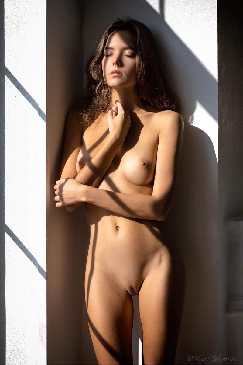 Present @KatyaCloverFan  – Katya Clover is Naked