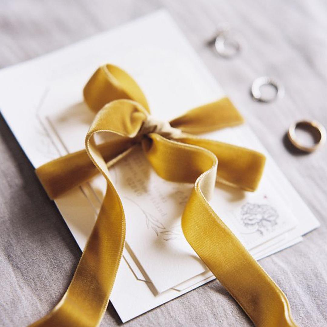 Ufak dokunuşlarla #davetiye modelinizi değiştirmek sizin elinizde. #wedding #dreamon #bride #bridal #married #engagement #rose #davetiye @dreamonbridals https://t.co/kSpq9U5NGh
