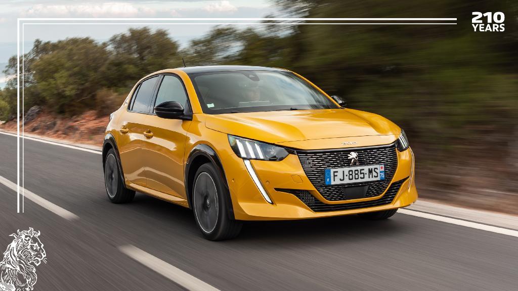 Our colors, your choice. De nieuwe #Peugeot208 #UnboringTheFuture #210YearsWithPeugeot https://t.co/osXRwQGsER
