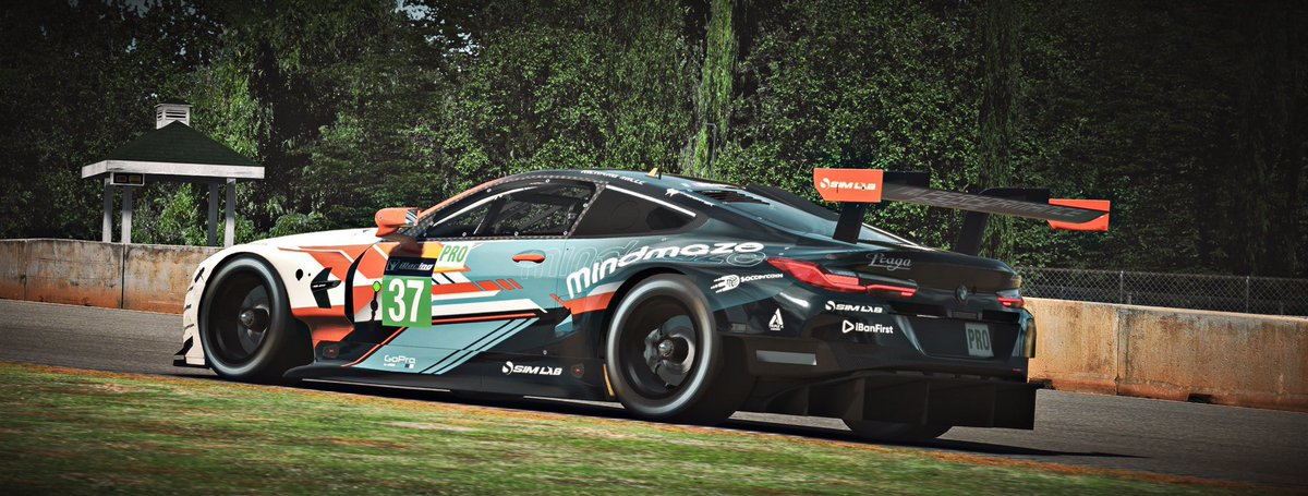 Tomorrow we have the BMW 120 Sim Cup at Road Atlanta! 🇺🇸 I'll be driving with @ScottAndrews44 💪🏻. A lot of practice for this one so let's see how it goes. @r8gesports https://t.co/CgNnScRFqf