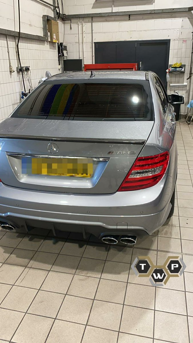 Window tinted and glass sealant applied to this Mercedes C63 Amg #tintwrapprotect #windowtints #mercedesc63amg #uvprotectiontint #heatrejection #privacyglass #cartints #glasssealant #twp @tintwrapprotect https://t.co/UBxMYBMEiP