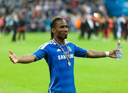 No other player has scored more goals for a single English club in the Champions League than Didier Drogba has for Chelsea (36).  Chelsea legend... 💙   #Omi  #footballgames #footballedits #football #footballvideos #footballtraining #footballmemes #dumbfootballReviews #footba… https://t.co/hHEdDcF3Y9