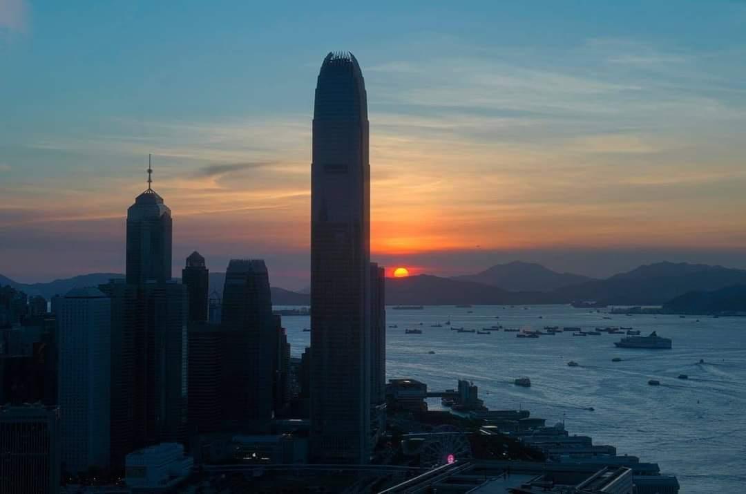 Atardecer en #HongKong #China https://t.co/ioEB9zmOCk