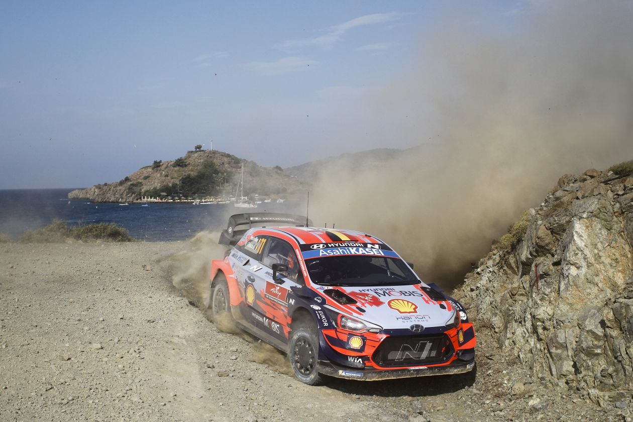 WRC: Marmaris Rally Turkey [18-20 Septiembre] - Página 4 EiR-m6AWsAM3_bV?format=jpg&name=large