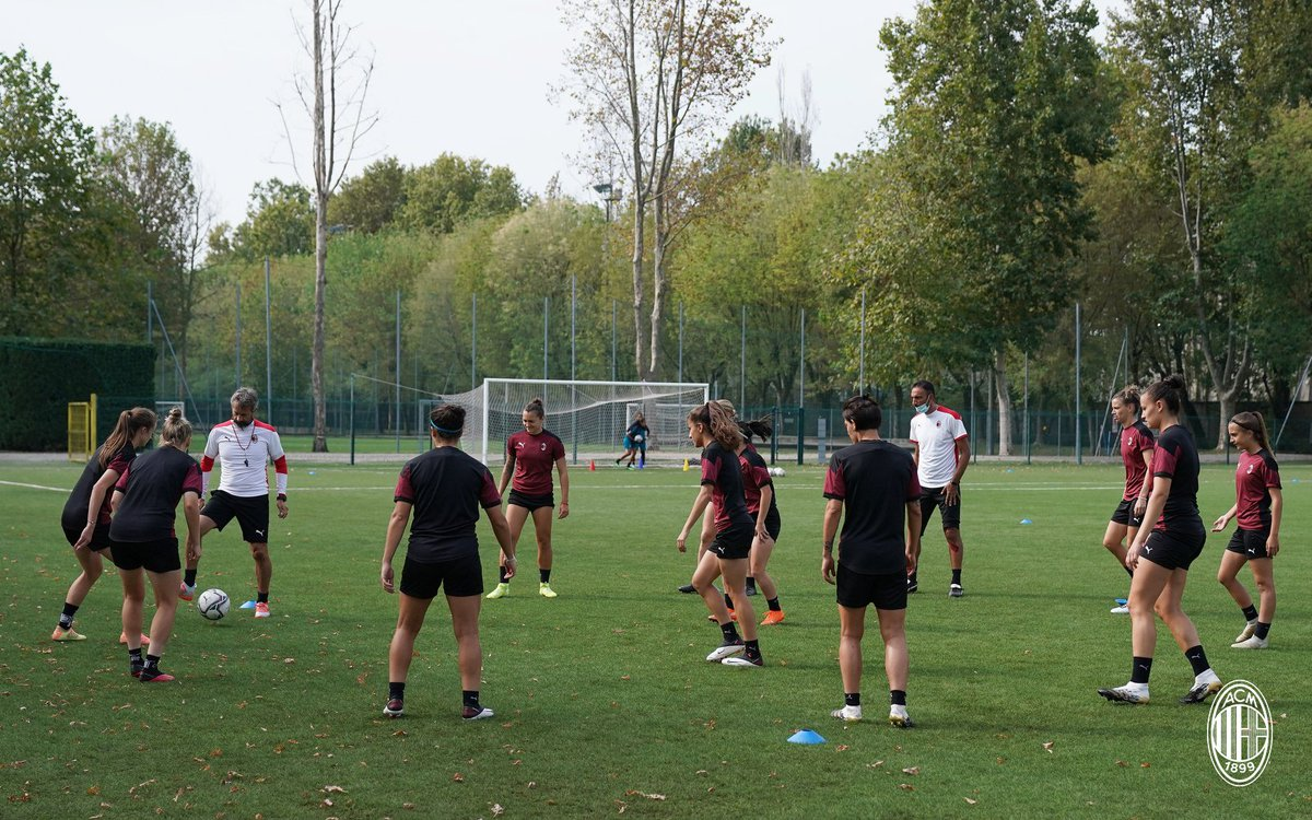 Weekend workout for the Rossonere 💪🏼 Sabato all'insegna del lavoro per le rossonere 💪🏼 #FollowTheRossonere #SempreMilan https://t.co/FqCbMBCNwG