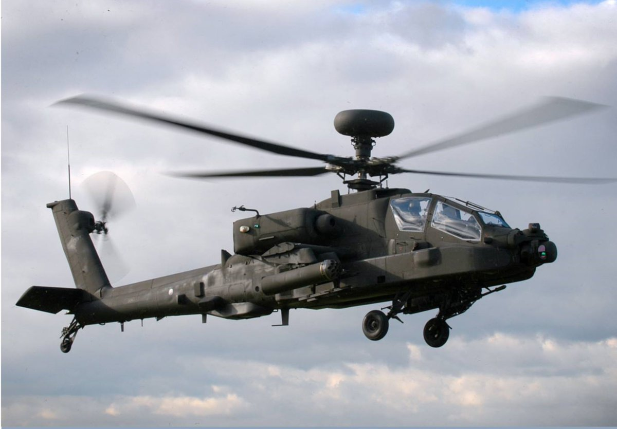 Ahoy there me hearties! It is #InternationalTalkLikeAPirateDay so to celebrate here is an ARRRpache! ☠️☠️☠️  #helicopters #aircraft #avgeek #aviation #aviationphotography #avgeeks #aviationgeeks #aviationgeek #ApacheHelicopter  #aviationlover #armyaircorps #ArmyAviation https://t.co/VBlPY7K83X
