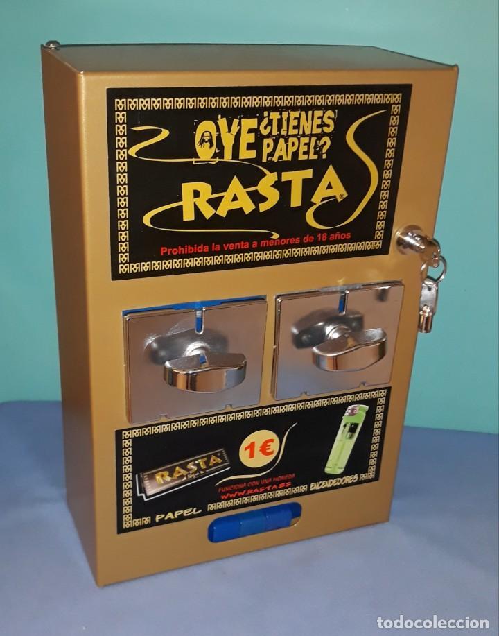 En venta, esta mítica máquina expendedora de papel de #rasta original. Una pieza especial para coleccionistas.   https://t.co/geRM6LjCKg https://t.co/nc943aoaGz