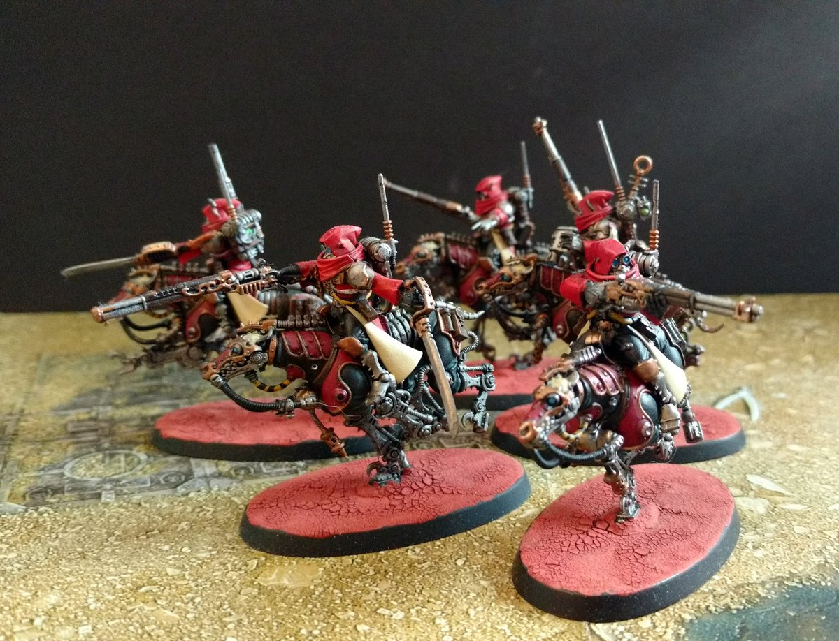 Serberys Raider troop Alpha Gamma Alpha #warhammer #warhammer40k #WarhammerCommunity #gamesworkshop #paintingwarhammer #tabletopgaming #Warmongers https://t.co/90HFHKsKJ0