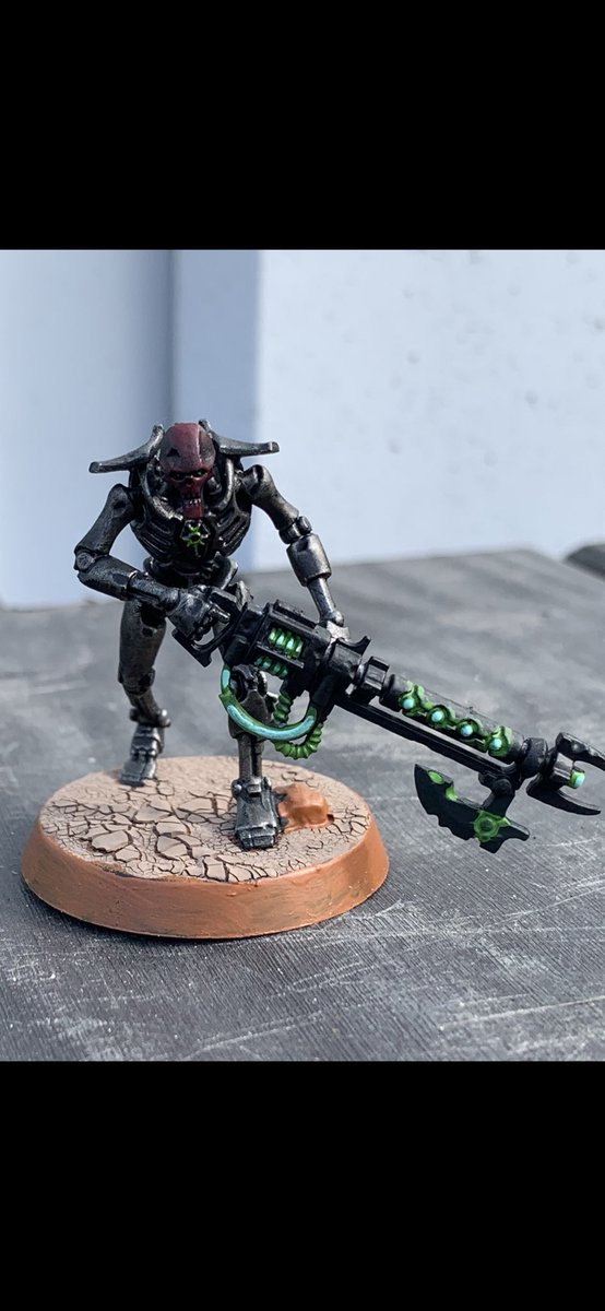 Ended up painting Necrons. Resistance really is futile #paintingwarhammer #warhammercommunity #warhammer40k #40k #new40k #necrons https://t.co/guQnQlxaAr