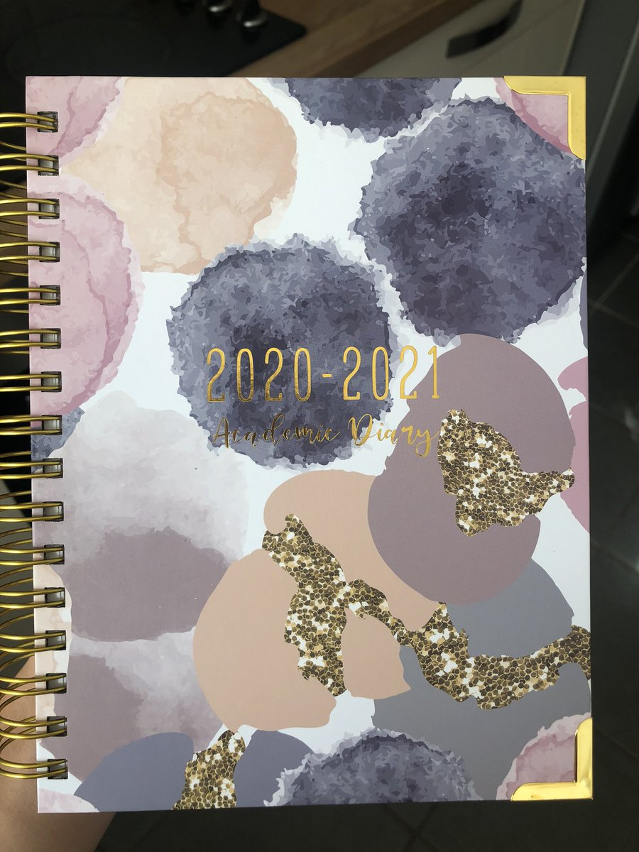 Absolutely in love with my @TPositiveTC academic diary! Can't wait to start using it and get organised for my last year of uni 😊 https://t.co/zFhB2C34C2