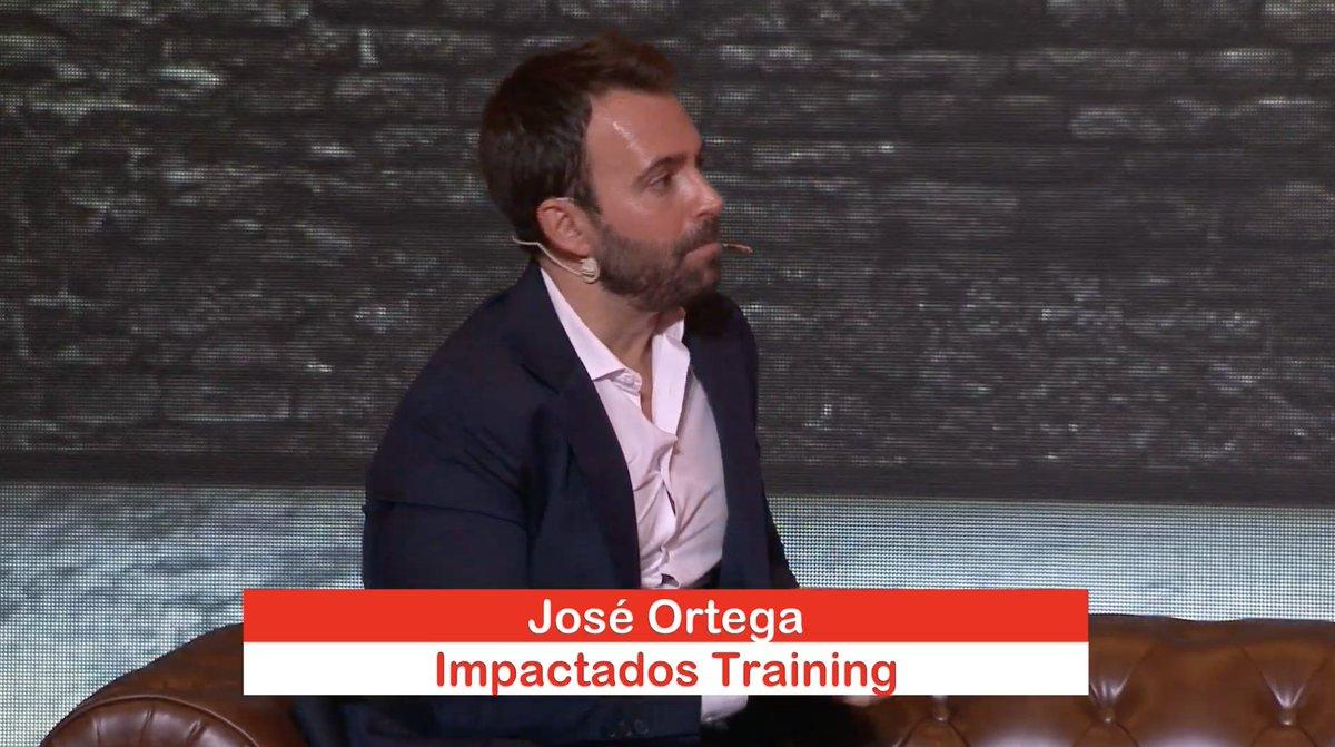 🔴 De la mano de Jose Ortega, ponemos el broche de oro al Campus #GIRAJóvenes #ImpulsaElCambio, espacio 'Vocación', motivando 💪 a nuestros participantes a sacar al gran profesional que llevan dentro con pasión ❤️, alegría 😃 y entusiasmo. 🤗 https://t.co/EJkBgSyR5h
