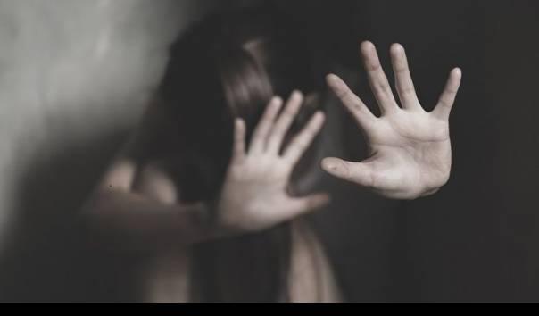 Miris, Istri Diperkosa Dihadapan Suami yang Disandera https://t.co/H4sKSEBNNy https://t.co/uKX2hY0tU0