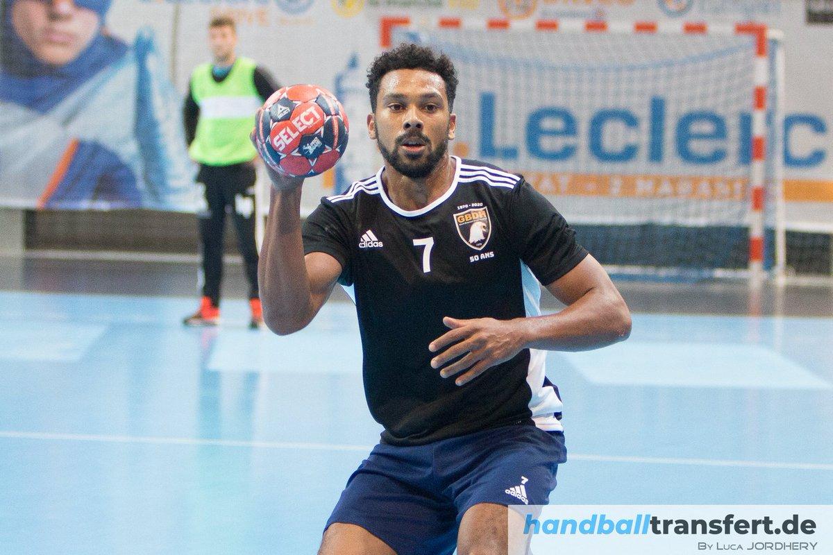 ✅[#WarmUp] Second déplacement en Alsace pour Adrien Claire et le @gbdh_handball , du côté de Strasbourg. Les Bisontins s'inclinent de 5 buts face à @ESSAHB  sur le score de 30 à 25 (MT : 18-16) ❌ Prochain rendez-vous pour le GBDH face à @SAHB_67  vendredi prochain 👊 #handball https://t.co/GiaqvpnRMv